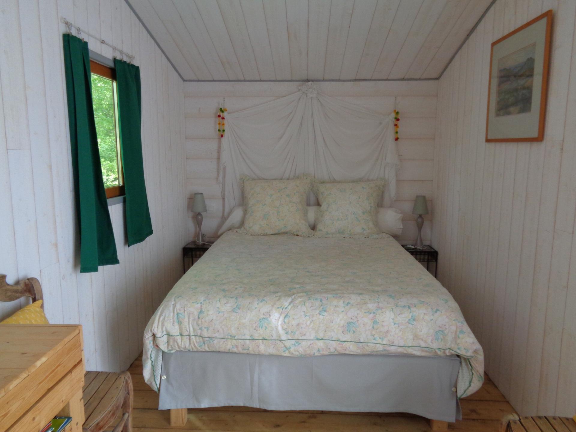 chambre chalet blanc vert